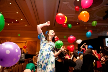 Get creative with helium balloon party decorations
