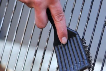 BBQ Cleaning Tips - Three Things To Avoid