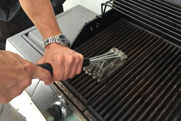 How to safely clean your gas BBQ